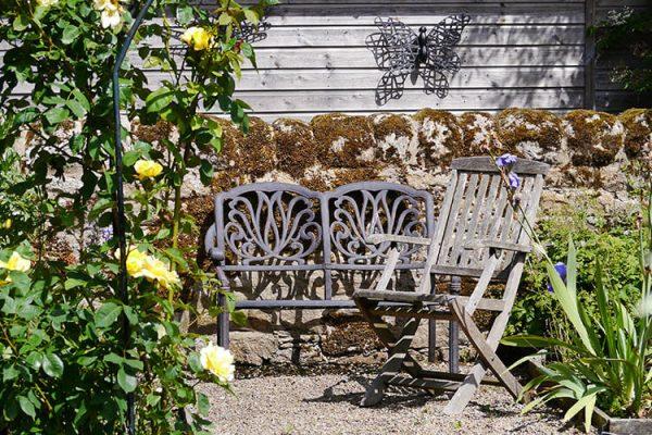 Garden-Rooms_Rose-Garden_Seating