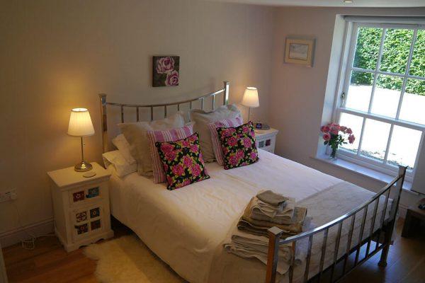 Garden-Rooms_Rose-Suite_Main-Bedroom4